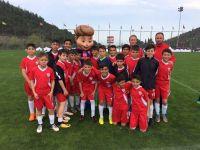 U12'LER İZMİR CUP'TA BOY GÖSTERDİ